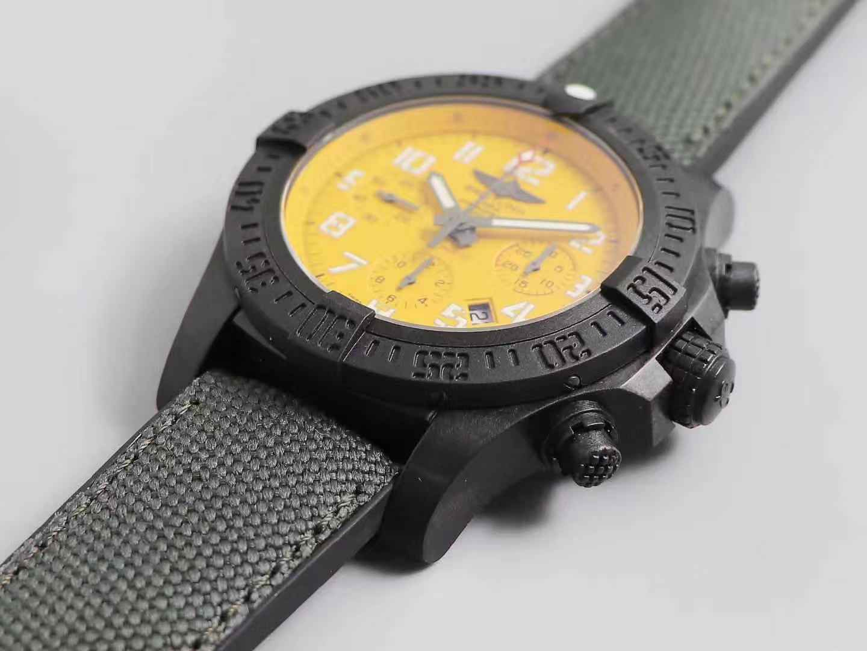 GF厂百年灵复仇者飓风系列黄/黑盘45mm腕表评测