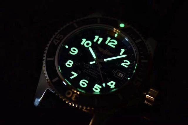 GF厂百年灵超级海洋文化系列黑陶瓷圈复刻腕表做工细节究竟如何-品鉴顶级复刻腕表
