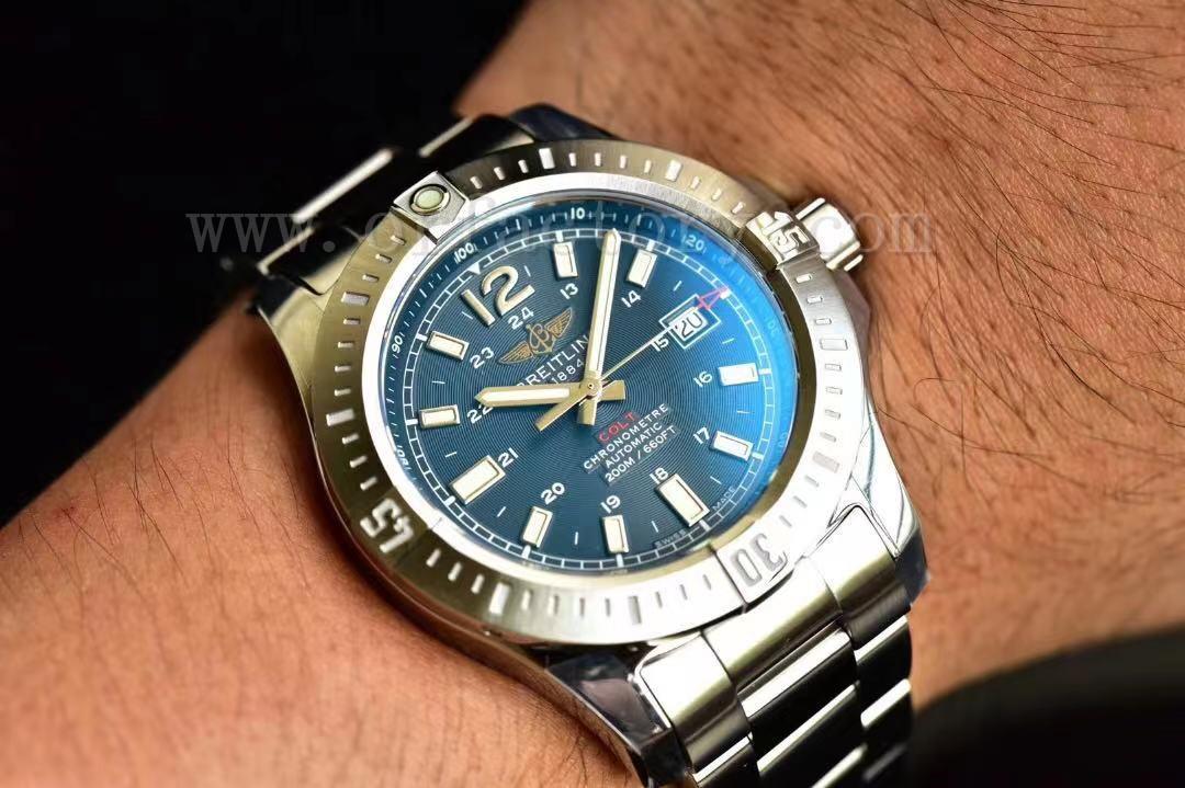 GF厂百年灵挑战者44mm自动机械腕表对比正品评测