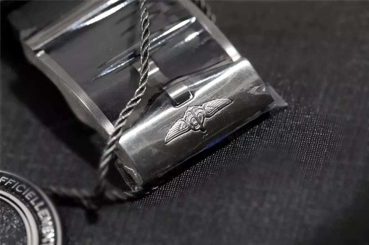 GF厂百年灵超级海洋特别版M1739313复刻腕表做工细节究竟如何-品鉴GF厂腕表