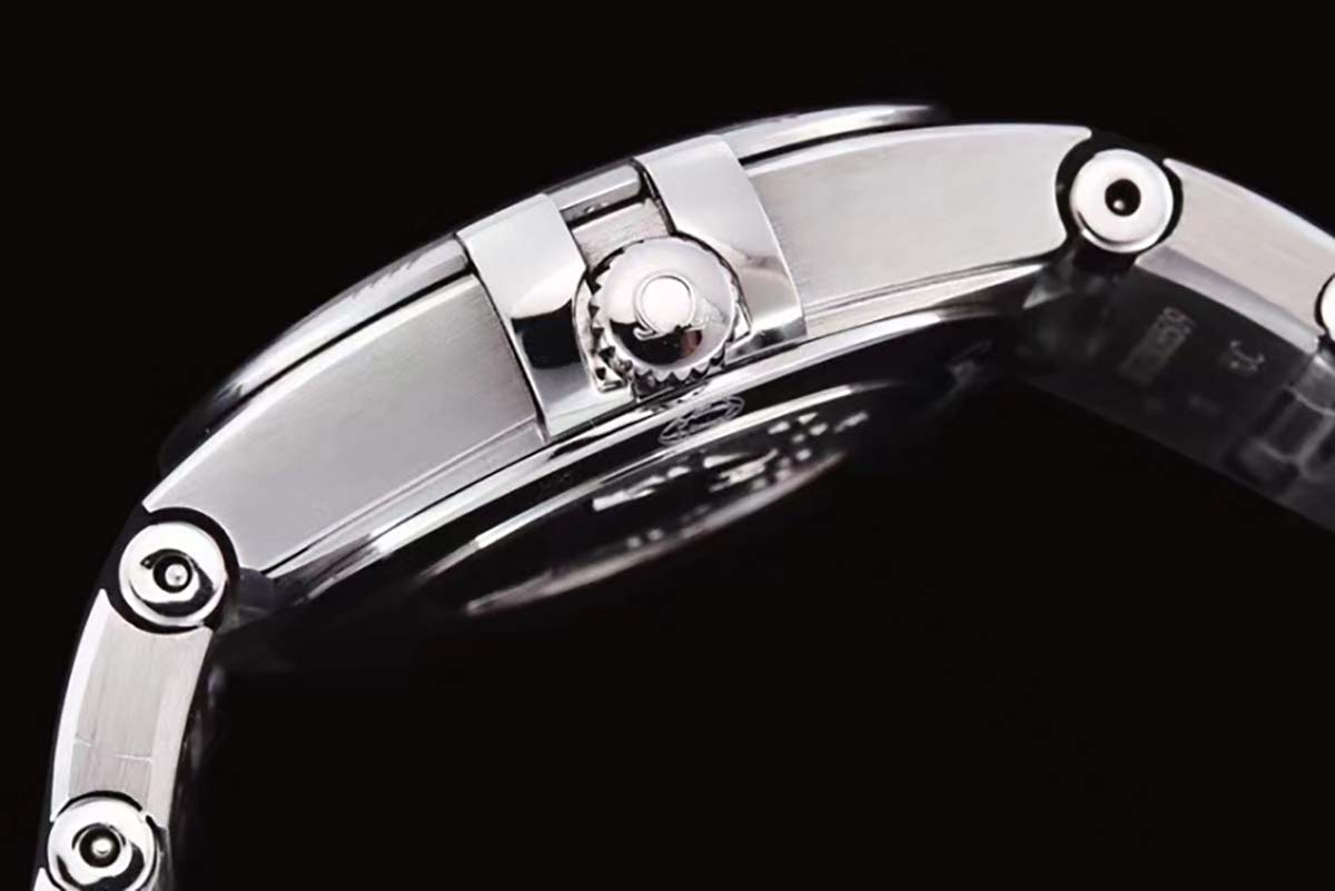 GF厂欧米茄星座系列星空蓝色字面复刻腕表做工评测-25毫米尺寸腕表推荐