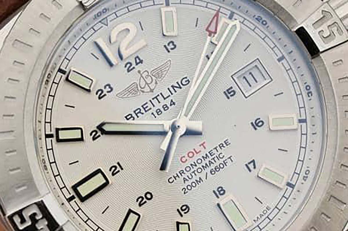 GF厂百年灵挑战者自动机械复刻腕表做工细节如何-GF厂制作还原的究竟如何