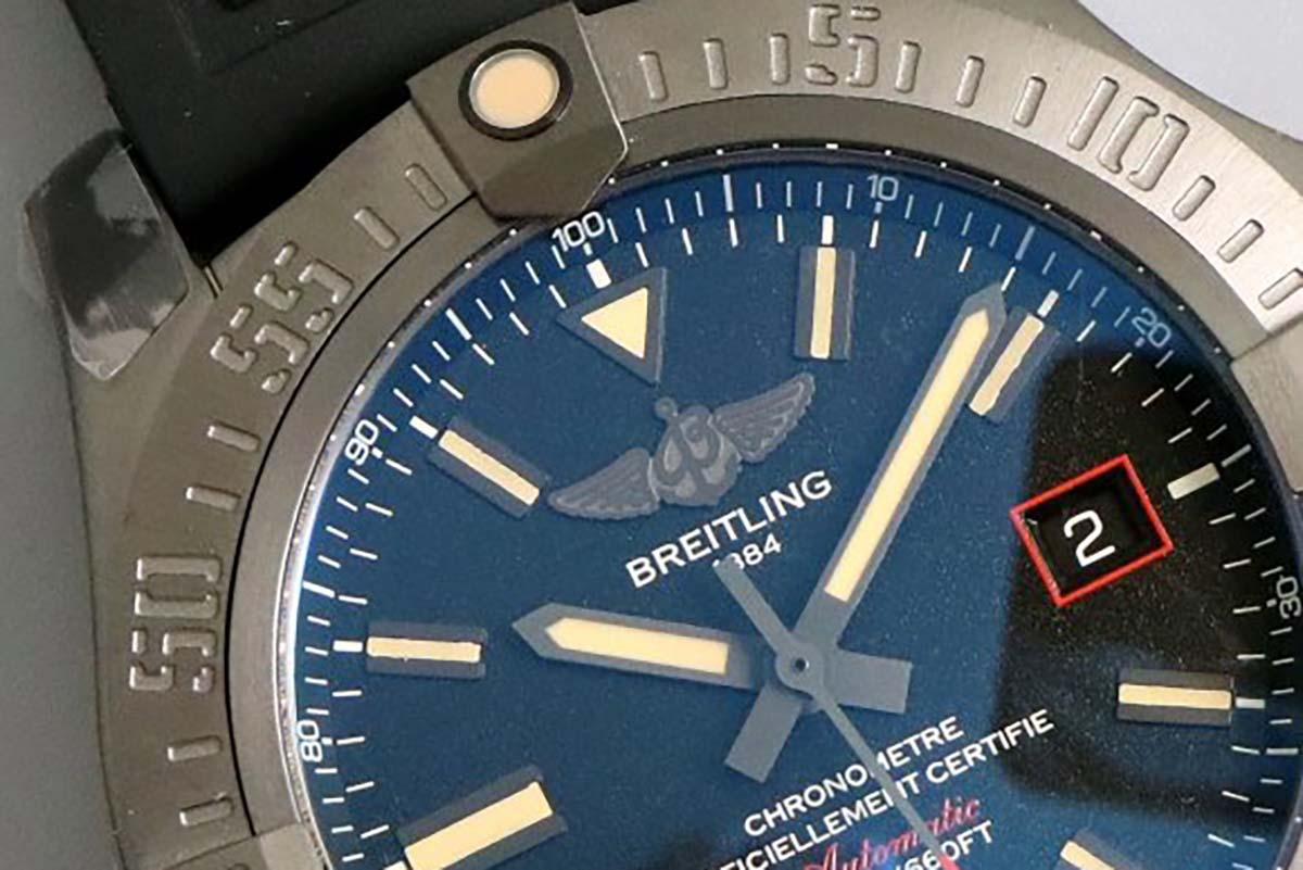 GF厂百年灵黑鸟侦察机V4版复刻腕表做工细节如何-品鉴GF厂复刻
