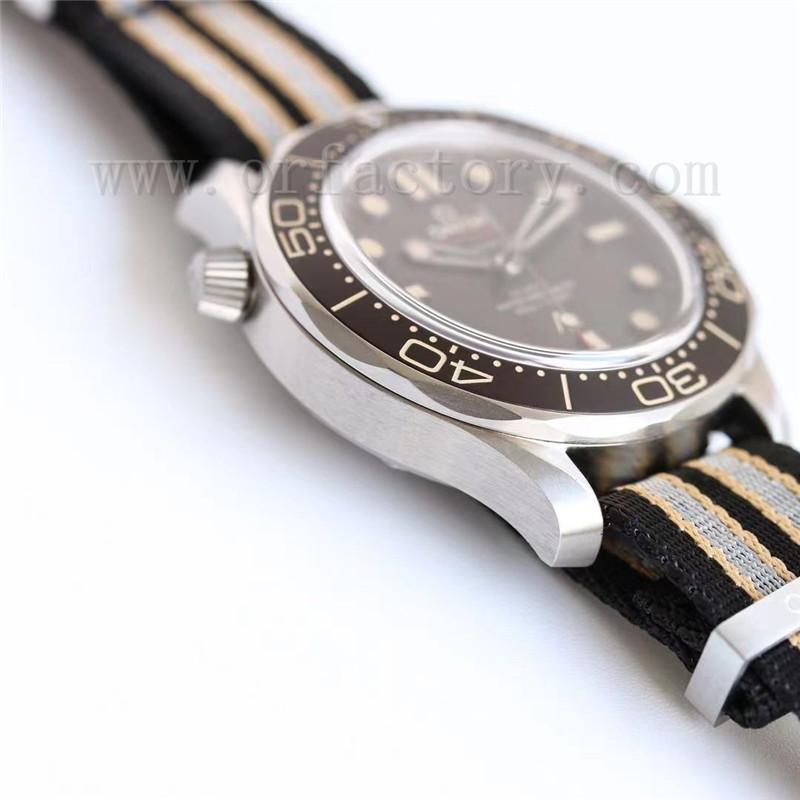 OR厂欧米茄海马300无暇赴死007复古钛壳腕表评测-无日历款